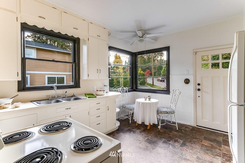 Sold Property   5525 S Norfolk Street Seattle, WA 98118 6