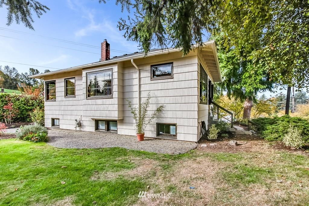Sold Property   5525 S Norfolk Street Seattle, WA 98118 16