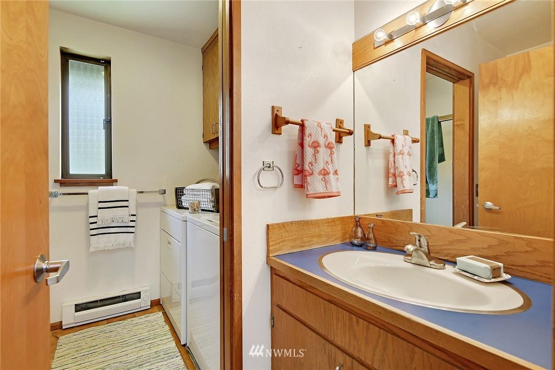Sold Property | 3536 45th Avenue NE Seattle, WA 98105 7