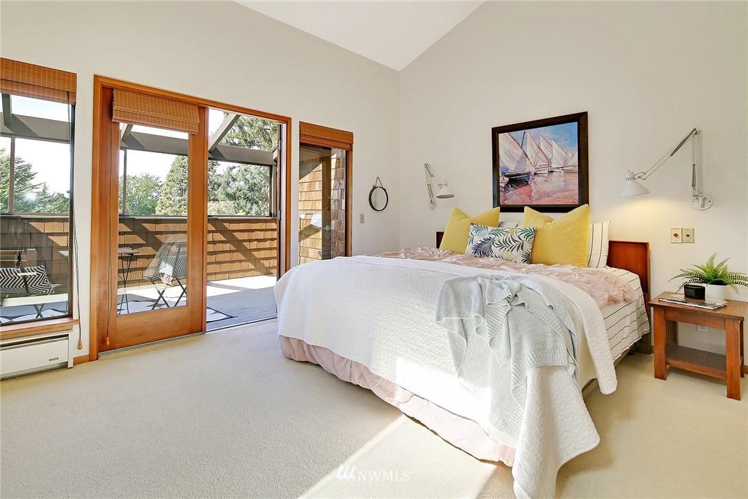 Sold Property | 3536 45th Avenue NE Seattle, WA 98105 12