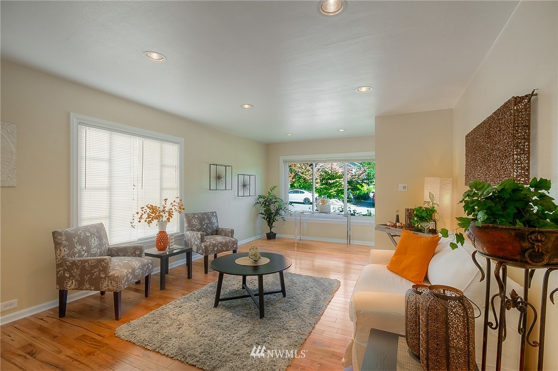 Sold Property | 4859 13th Avenue S Seattle, WA 98108 5