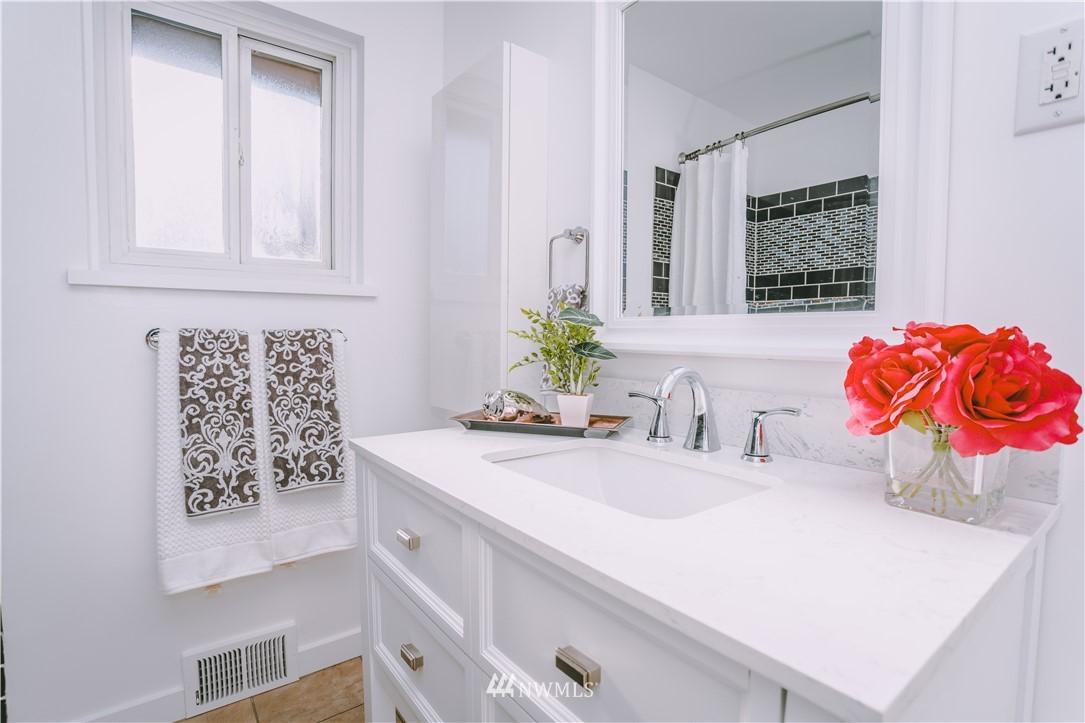 Sold Property | 10843 Auburn Avenue S Seattle, WA 98178 10