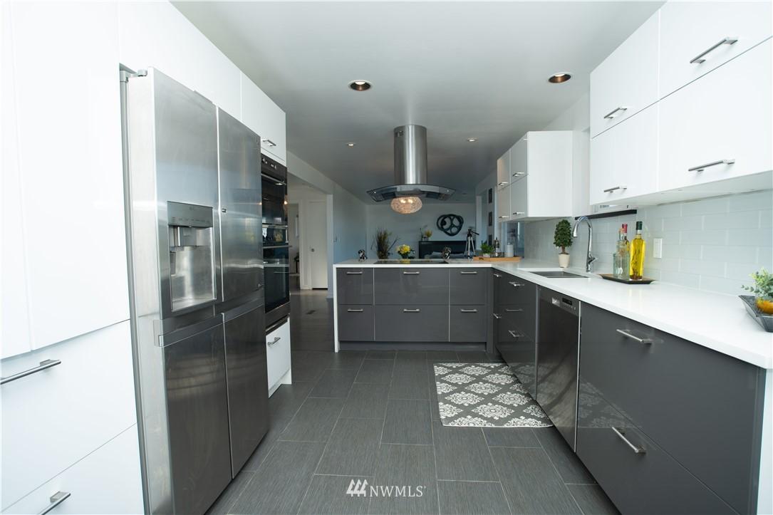 Sold Property | 10843 Auburn Avenue S Seattle, WA 98178 8