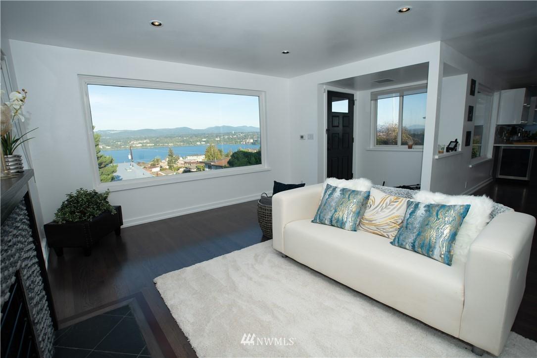 Sold Property | 10843 Auburn Avenue S Seattle, WA 98178 4