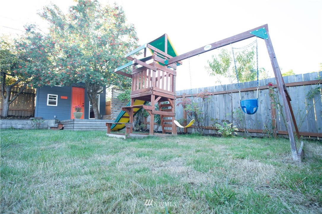 Sold Property | 10843 Auburn Avenue S Seattle, WA 98178 22