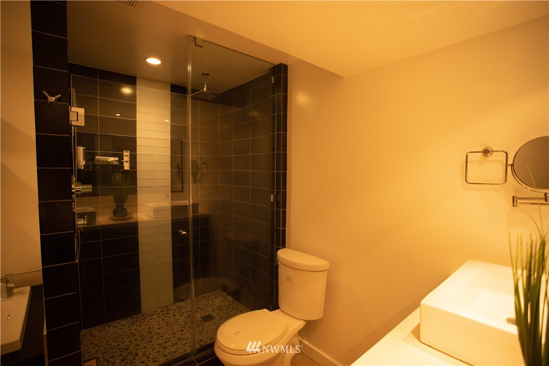 Sold Property | 10843 Auburn Avenue S Seattle, WA 98178 17