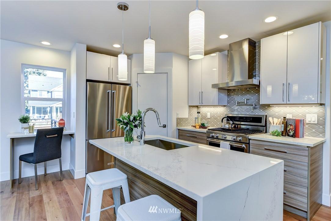 Sold Property | 5003 50th Avenue SW Seattle, WA 98136 3