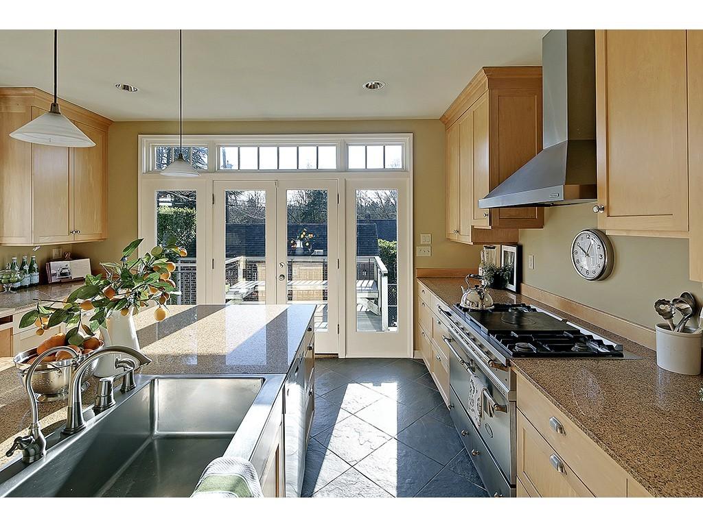 Sold Property   6221 17th Avenue NE Seattle, WA 98115 5