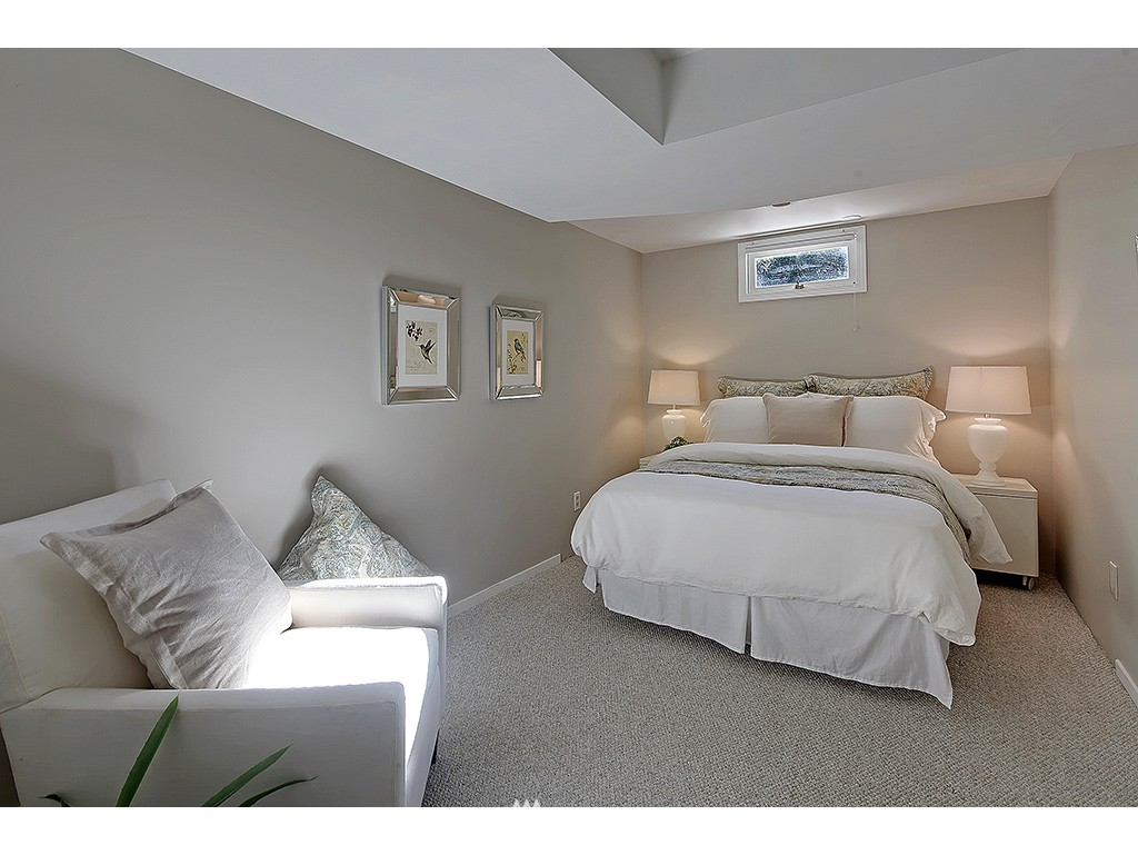 Sold Property   6221 17th Avenue NE Seattle, WA 98115 15