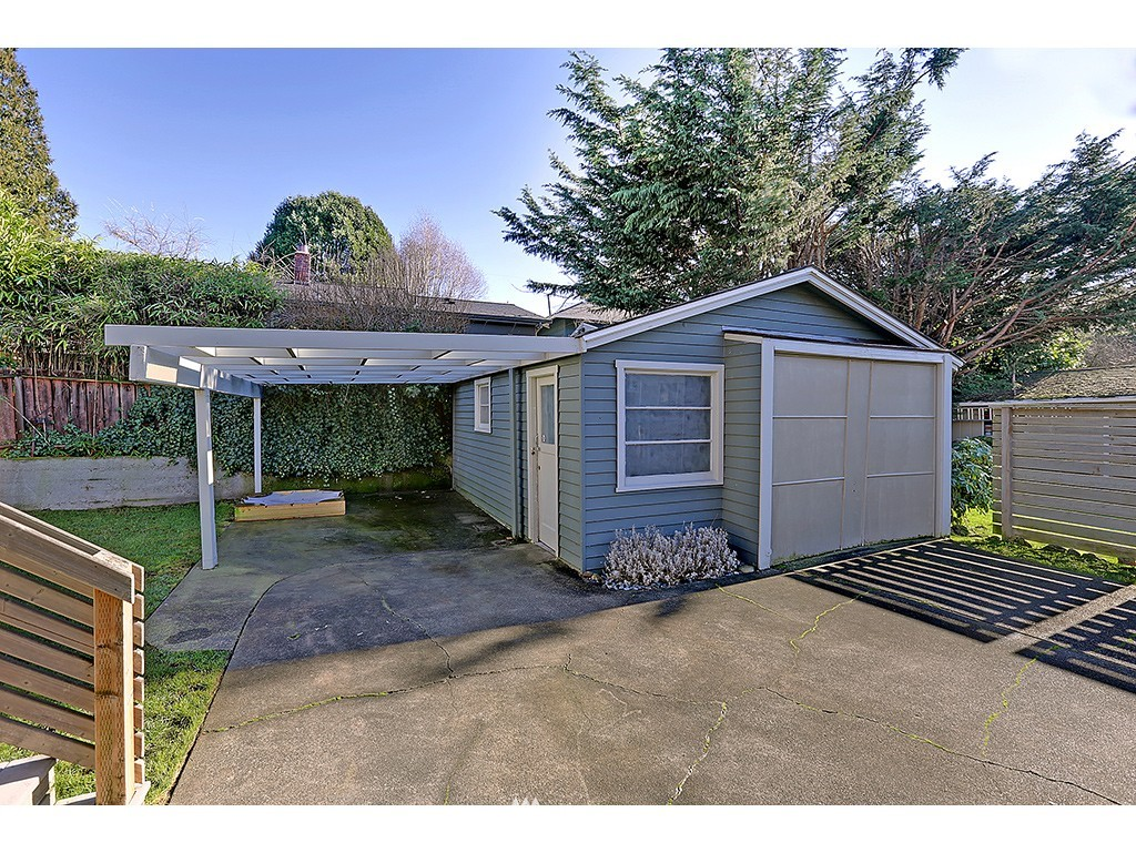 Sold Property | 6726 3rd Avenue NW Seattle, WA 98117 17