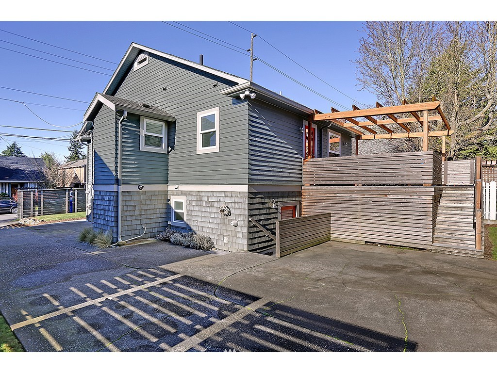 Sold Property | 6726 3rd Avenue NW Seattle, WA 98117 18