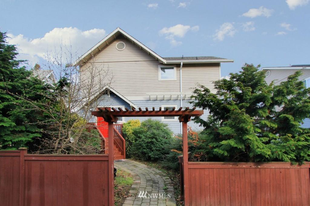 Sold Property   659 W Emerson Street Seattle, WA 98119 0