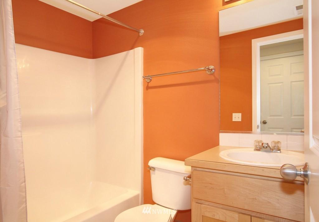 Sold Property   659 W Emerson Street Seattle, WA 98119 13