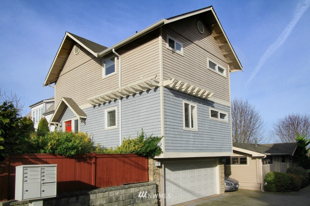 Sold Property   659 W Emerson Street Seattle, WA 98119 14