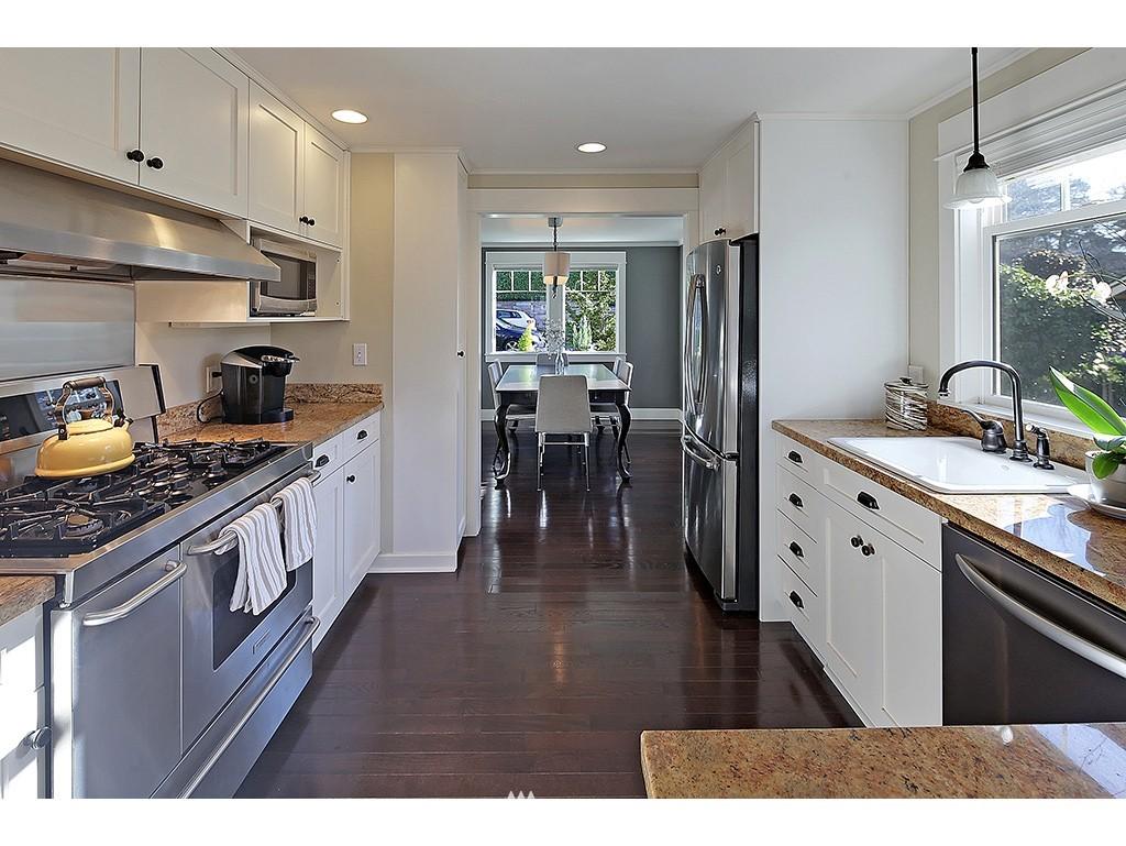 Sold Property | 4517 49th Avenue NE Seattle, WA 98105 5