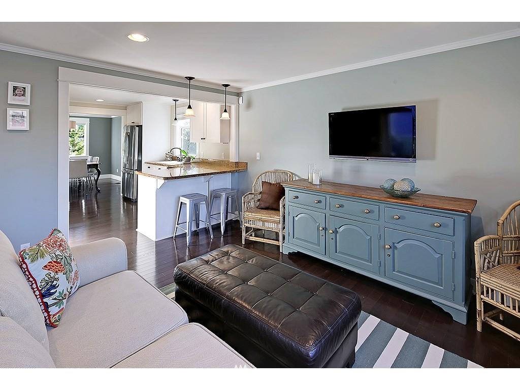 Sold Property | 4517 49th Avenue NE Seattle, WA 98105 6