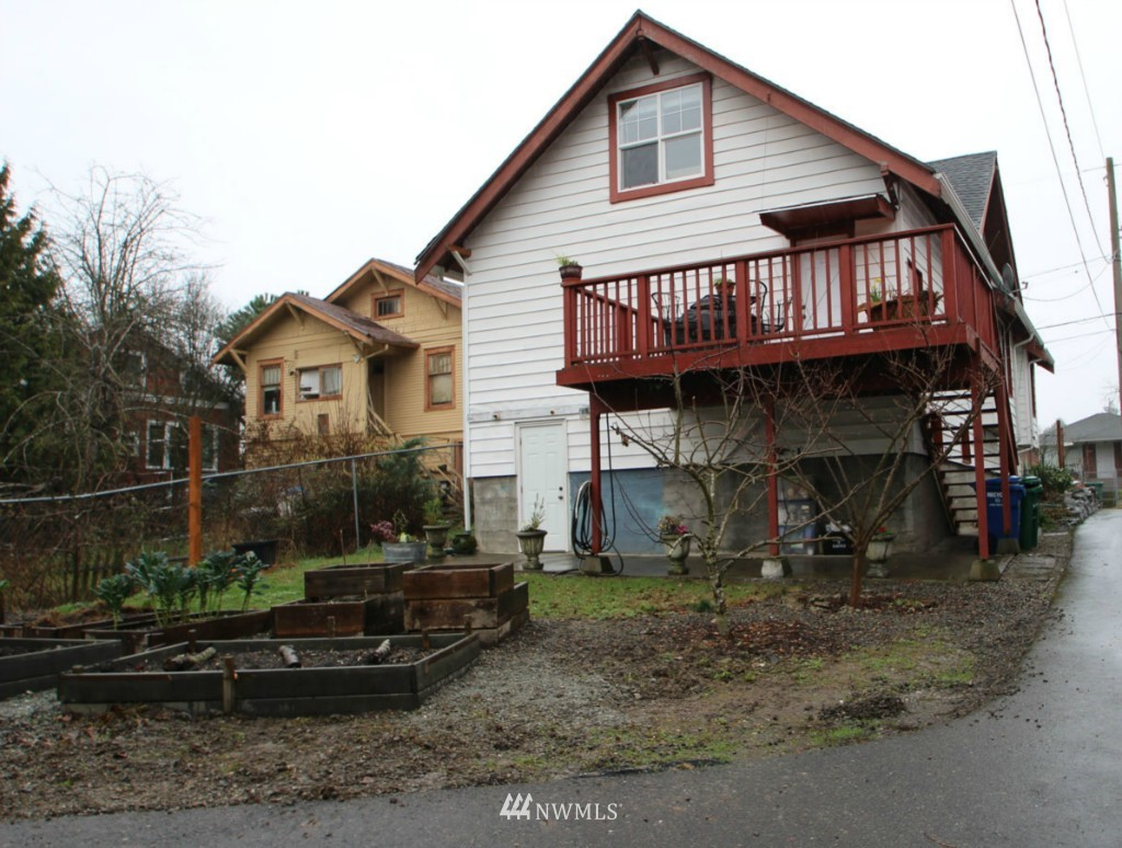 Sold Property | 7417 48th Avenue S Seattle, WA 98118 14