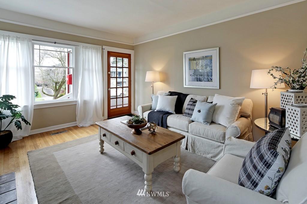 Sold Property | 1716 N 47th Street Seattle, WA 98103 3