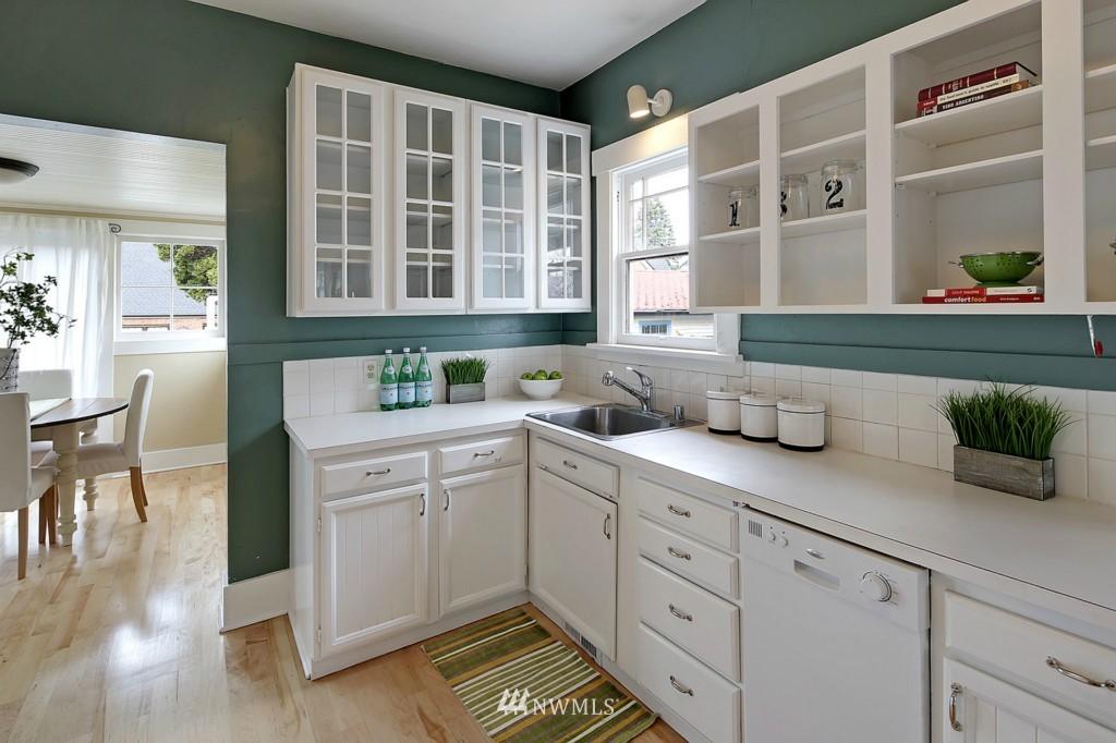 Sold Property | 1716 N 47th Street Seattle, WA 98103 6