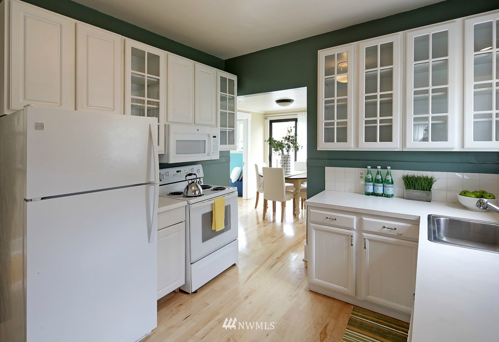 Sold Property | 1716 N 47th Street Seattle, WA 98103 7