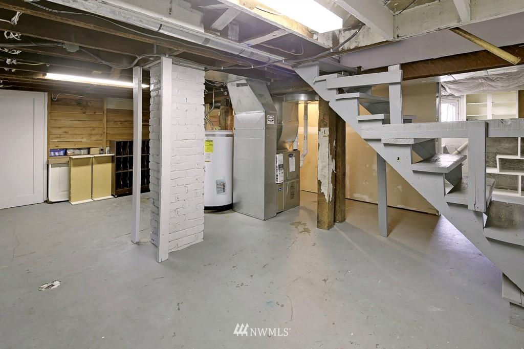 Sold Property | 1716 N 47th Street Seattle, WA 98103 13