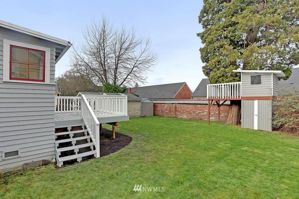 Sold Property | 1716 N 47th Street Seattle, WA 98103 17