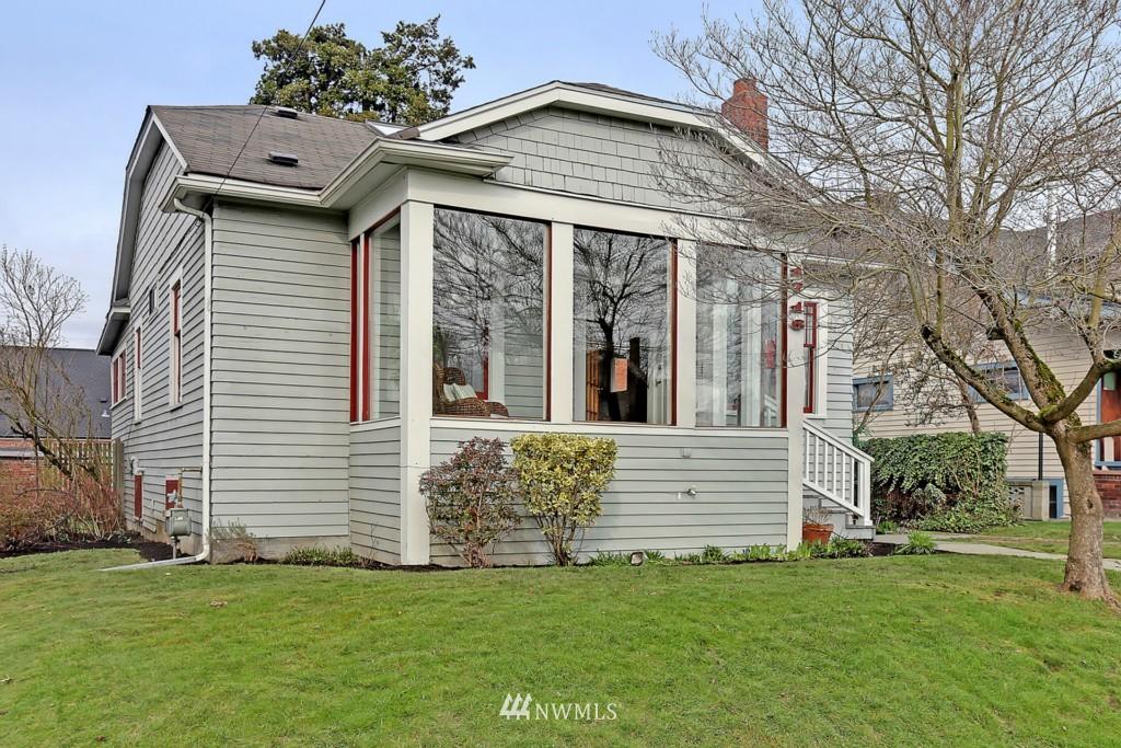 Sold Property | 1716 N 47th Street Seattle, WA 98103 18