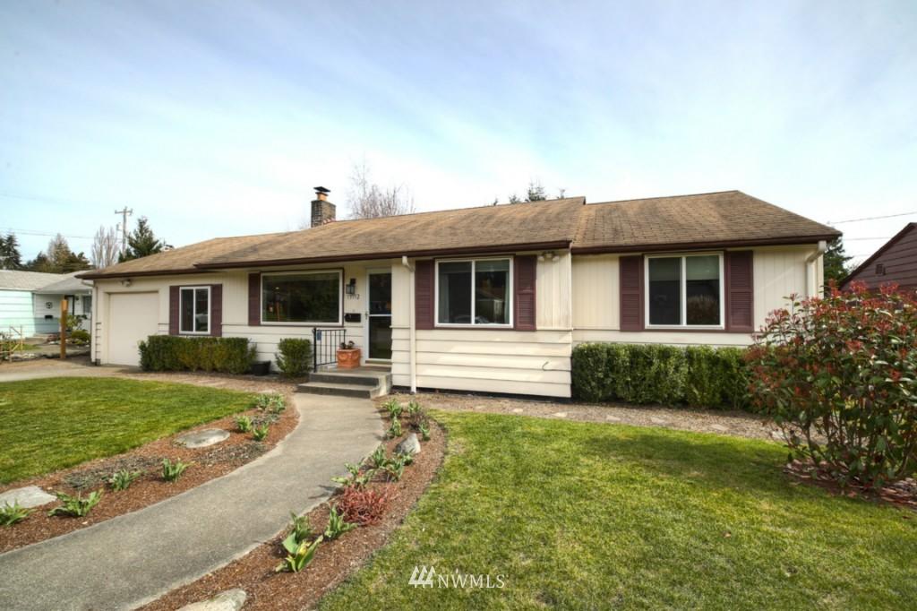 Sold Property | 13552 16th Avenue NE Seattle, WA 98125 0