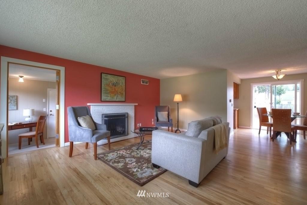 Sold Property | 13552 16th Avenue NE Seattle, WA 98125 2