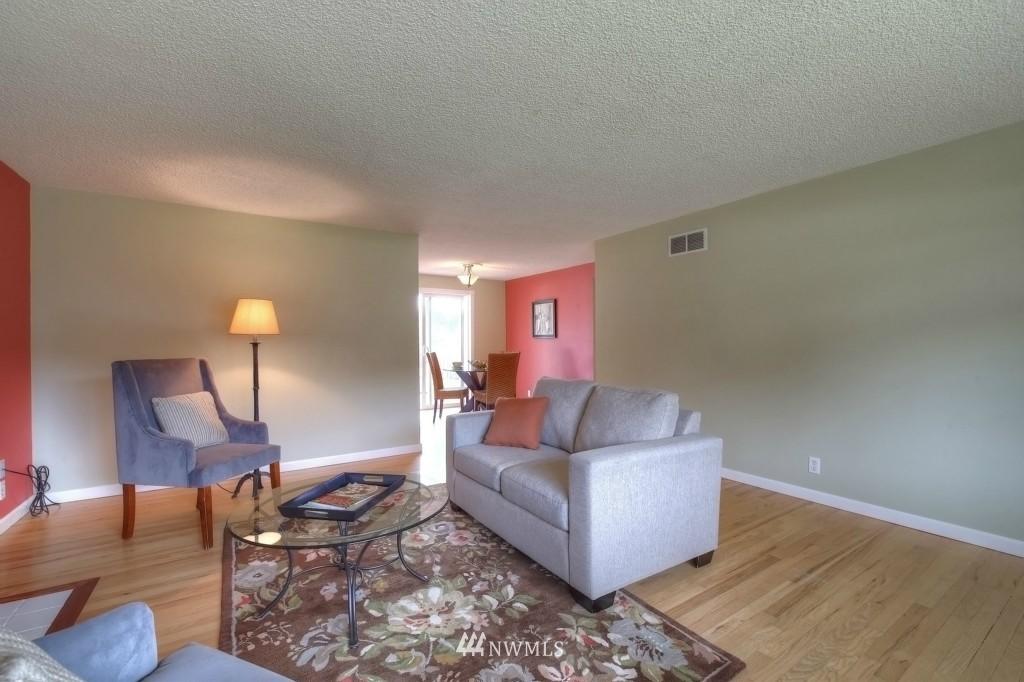 Sold Property | 13552 16th Avenue NE Seattle, WA 98125 3