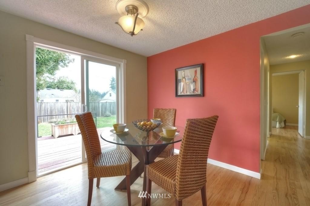 Sold Property | 13552 16th Avenue NE Seattle, WA 98125 4