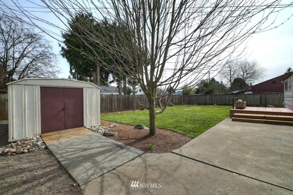 Sold Property | 13552 16th Avenue NE Seattle, WA 98125 17