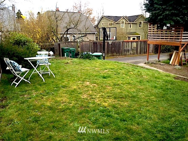 Sold Property | 8022 9th Avenue NW Seattle, WA 98117 18