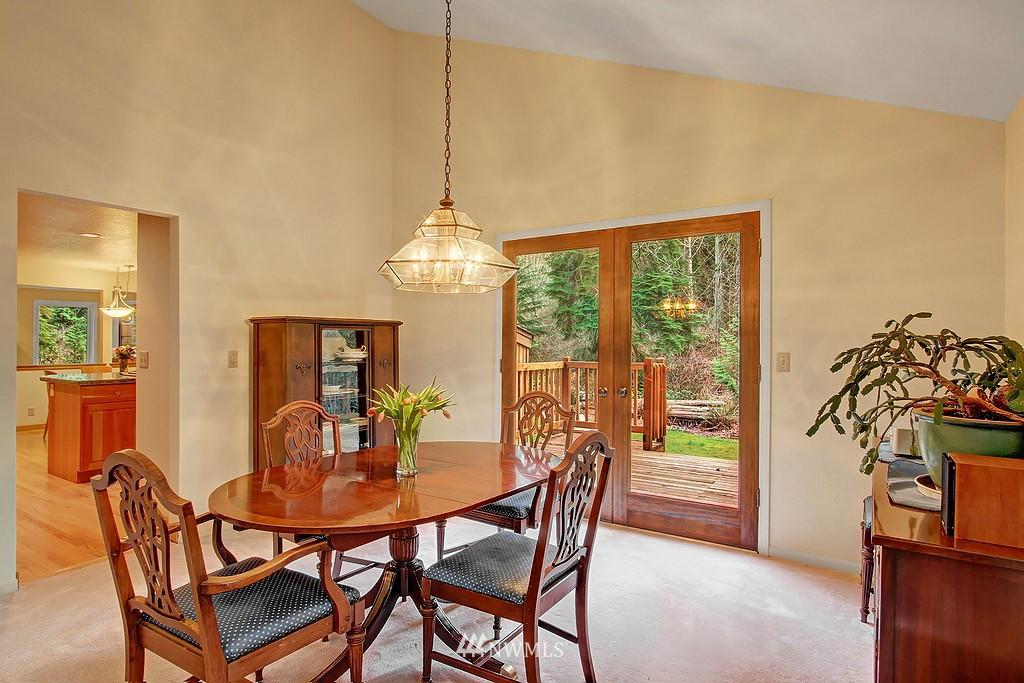 Sold Property | 20539 NE 162nd Street Woodinville, WA 98077 18