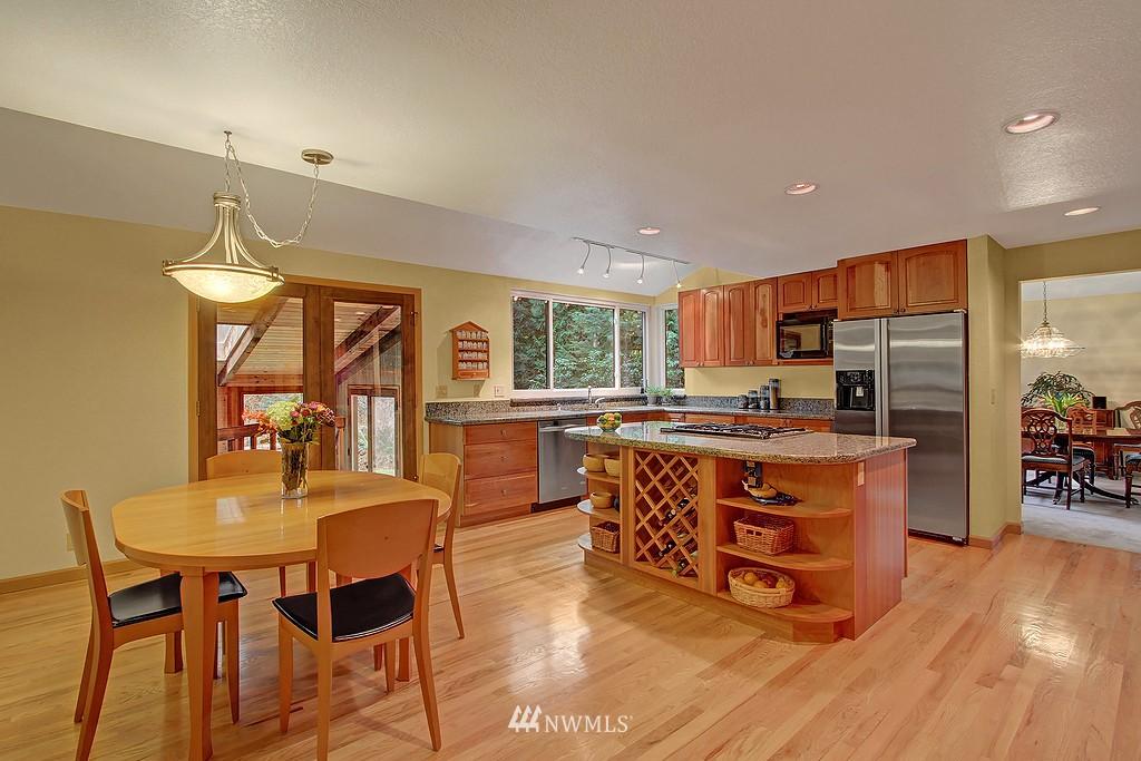 Sold Property | 20539 NE 162nd Street Woodinville, WA 98077 2