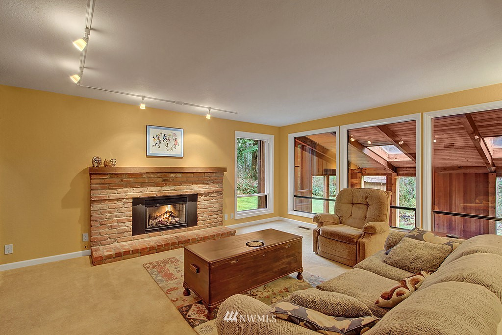 Sold Property | 20539 NE 162nd Street Woodinville, WA 98077 4