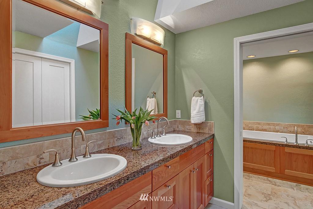 Sold Property | 20539 NE 162nd Street Woodinville, WA 98077 9