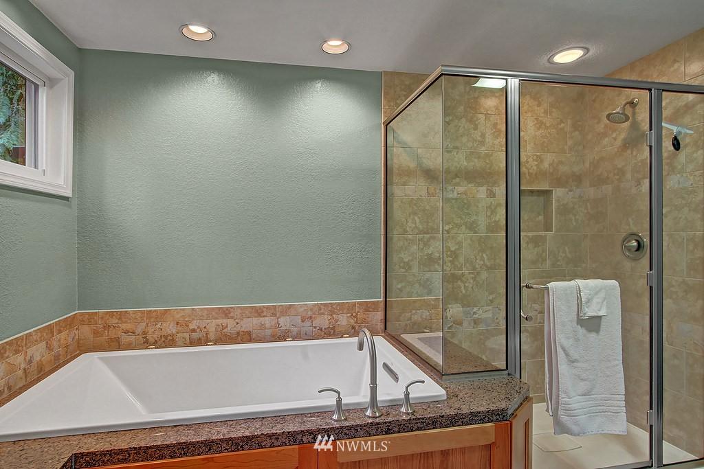 Sold Property | 20539 NE 162nd Street Woodinville, WA 98077 10