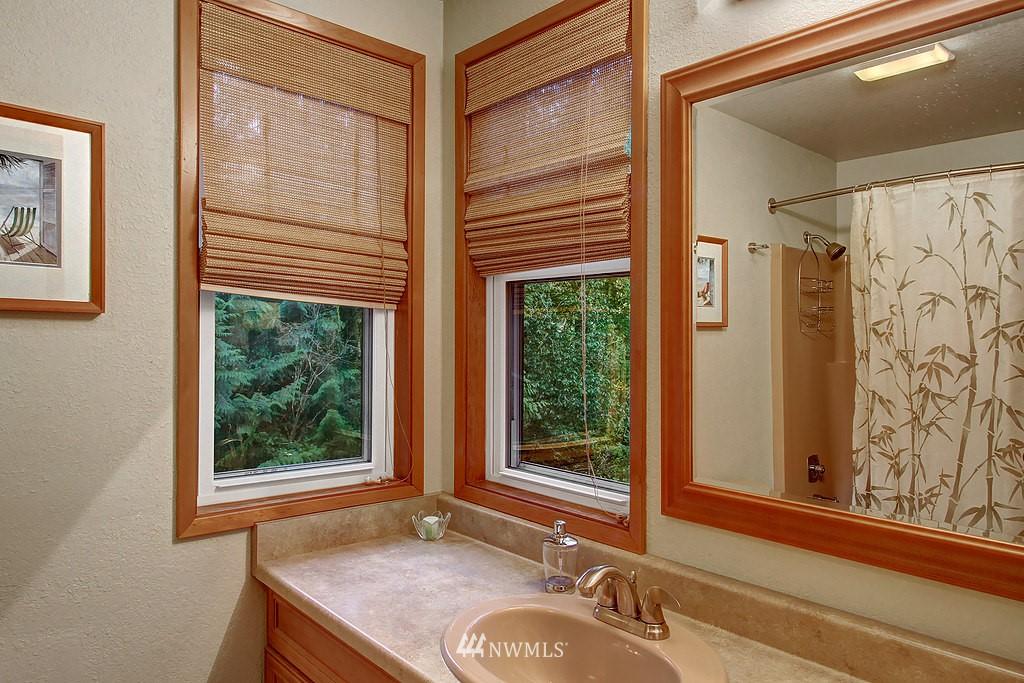 Sold Property | 20539 NE 162nd Street Woodinville, WA 98077 12