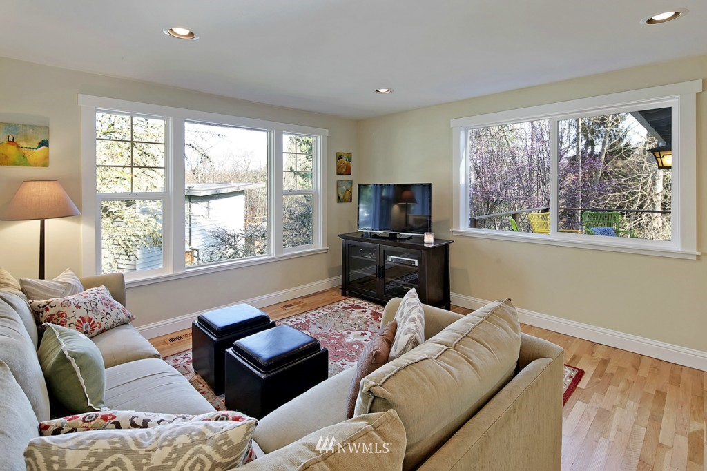 Sold Property   1412 153 Place SE Bellevue, WA 98007 3
