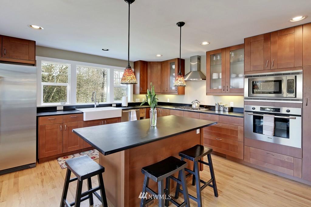 Sold Property   1412 153 Place SE Bellevue, WA 98007 4