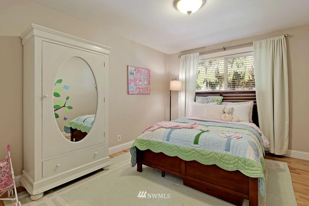 Sold Property   1412 153 Place SE Bellevue, WA 98007 10