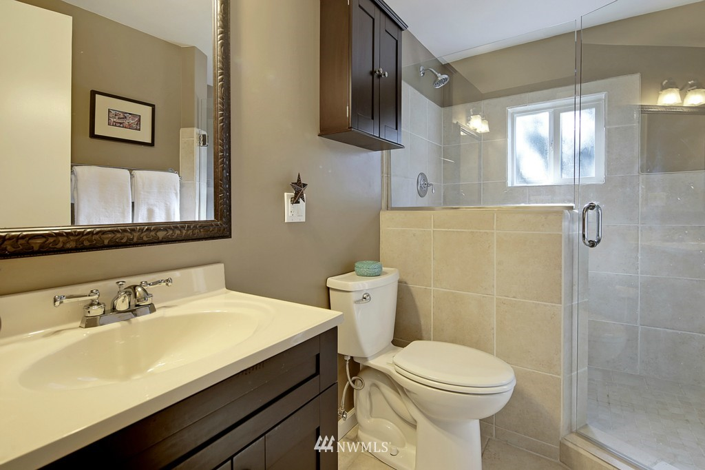 Sold Property   1412 153 Place SE Bellevue, WA 98007 14