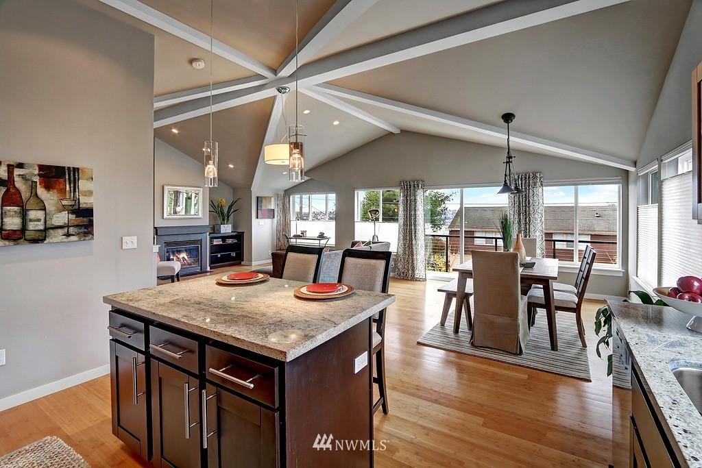 Sold Property | 4322 Greenwood Avenue N #B Seattle, WA 98103 4