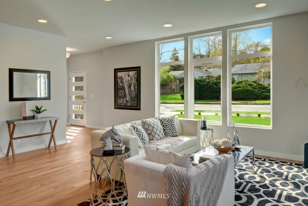Sold Property | 6532 38th Avenue NE Seattle, WA 98115 3