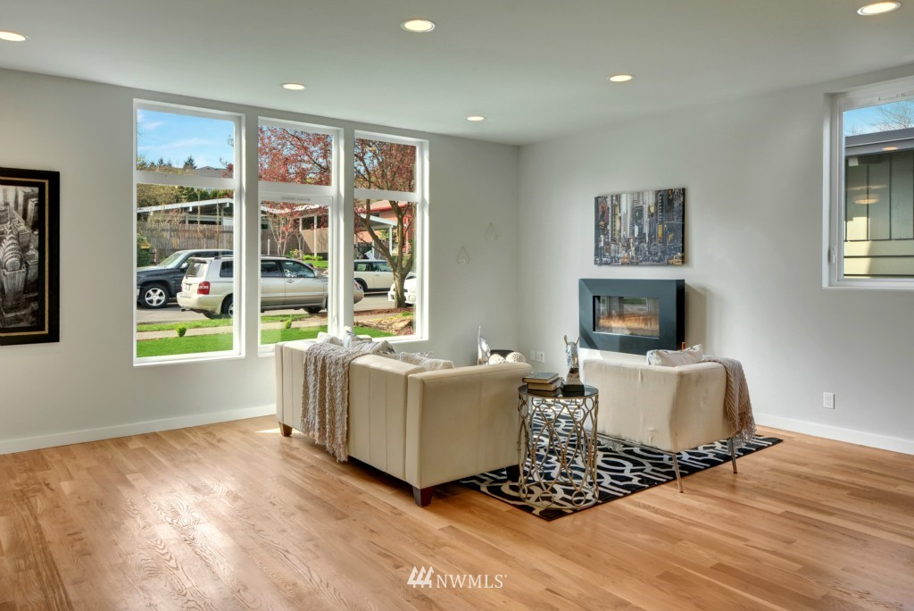 Sold Property | 6532 38th Avenue NE Seattle, WA 98115 5