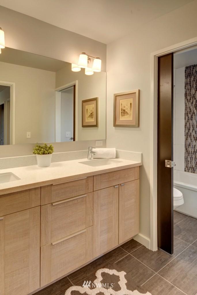 Sold Property | 6532 38th Avenue NE Seattle, WA 98115 21