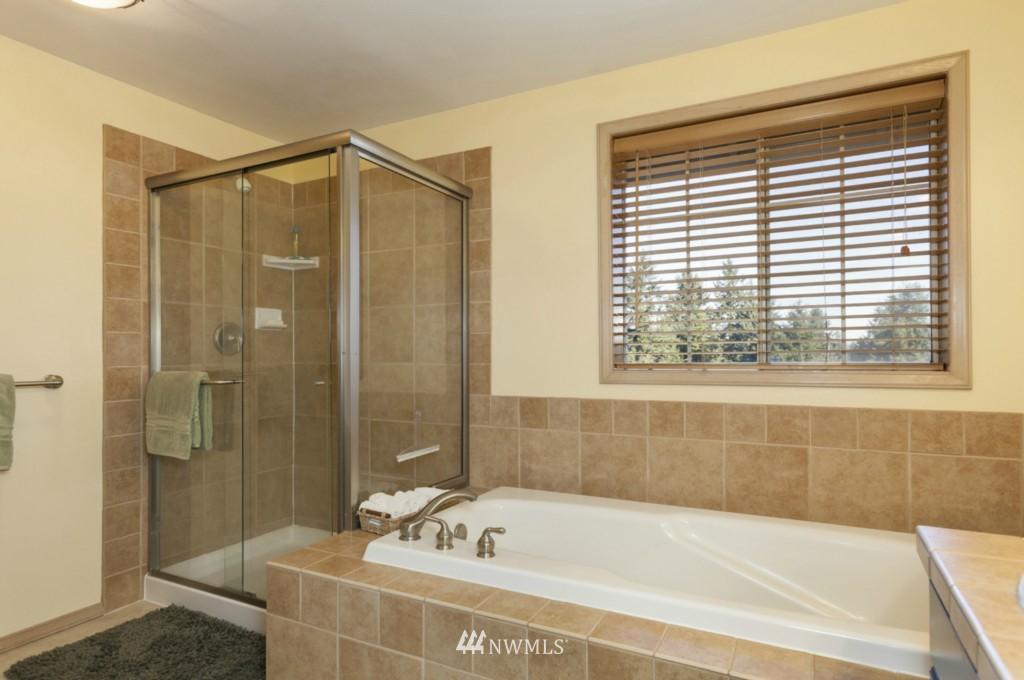 Sold Property   6167 NE 195th Court Kenmore, WA 98028 15