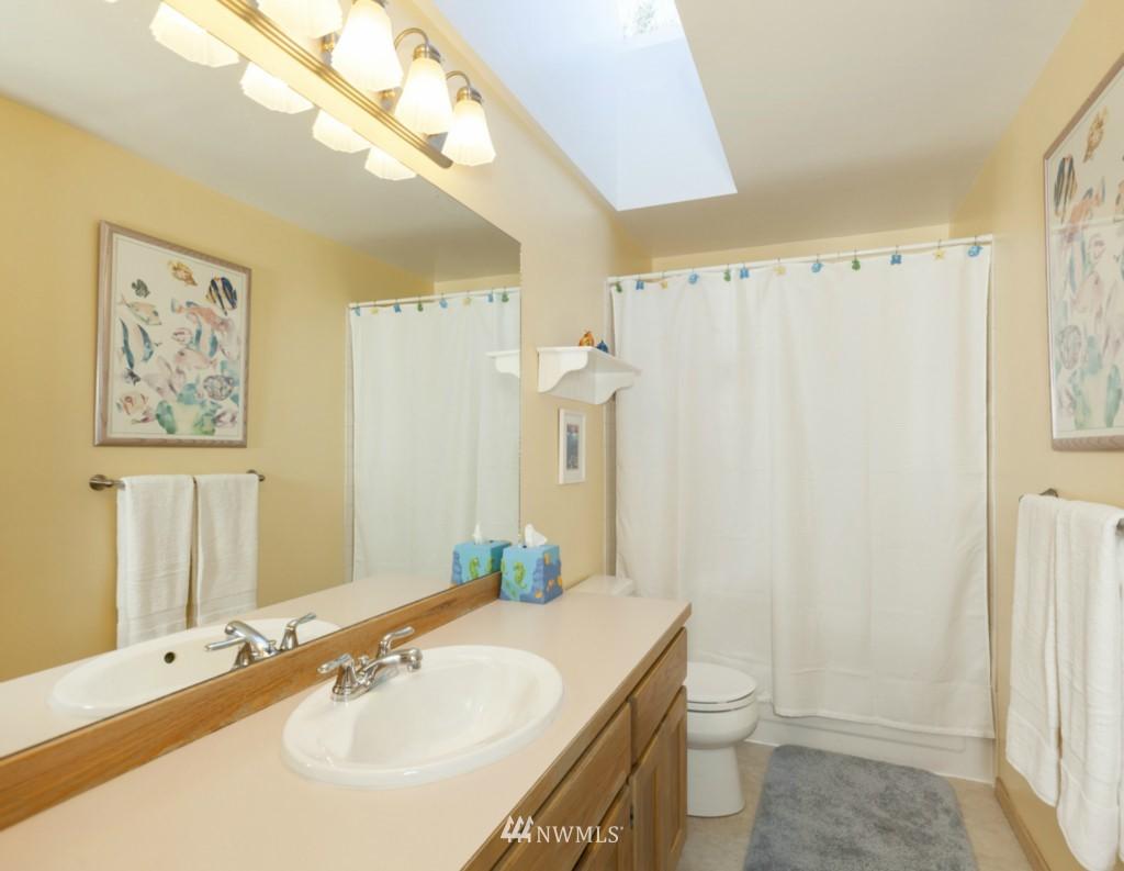 Sold Property   6167 NE 195th Court Kenmore, WA 98028 20