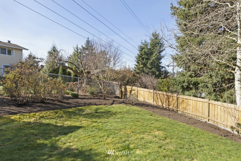 Sold Property | 6167 NE 195th Court Kenmore, WA 98028 23